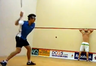 how to hit the ball in squash