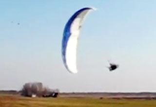Paraglider Landing Surpise view on ebaumsworld.com tube online.
