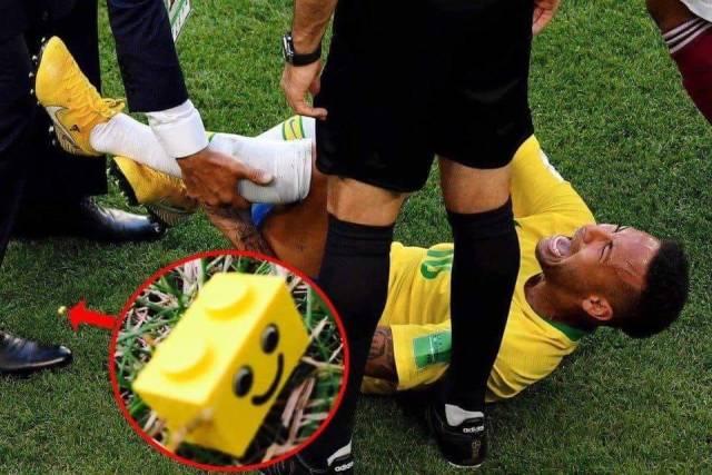 3 - Seems Neymar stepped on a lego