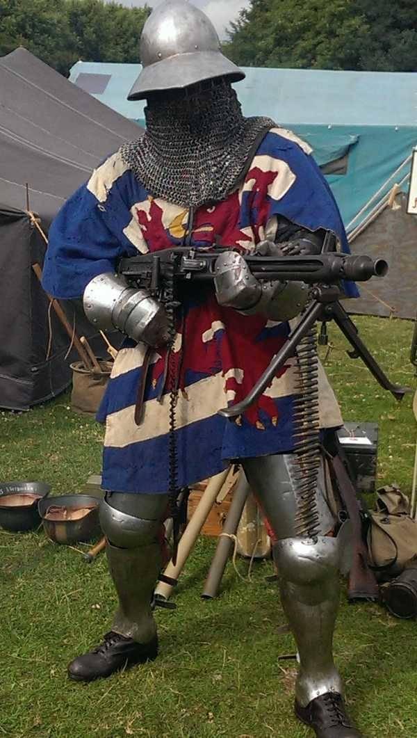 27 - chainmail medieval warrior with machine gun
