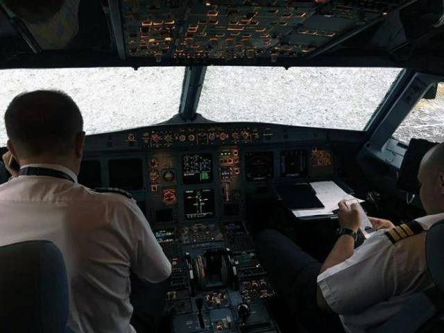 1 - After his windshield was shattered by an insane hailstorm, this pilot managed to land the plane blindly using his devices only!
