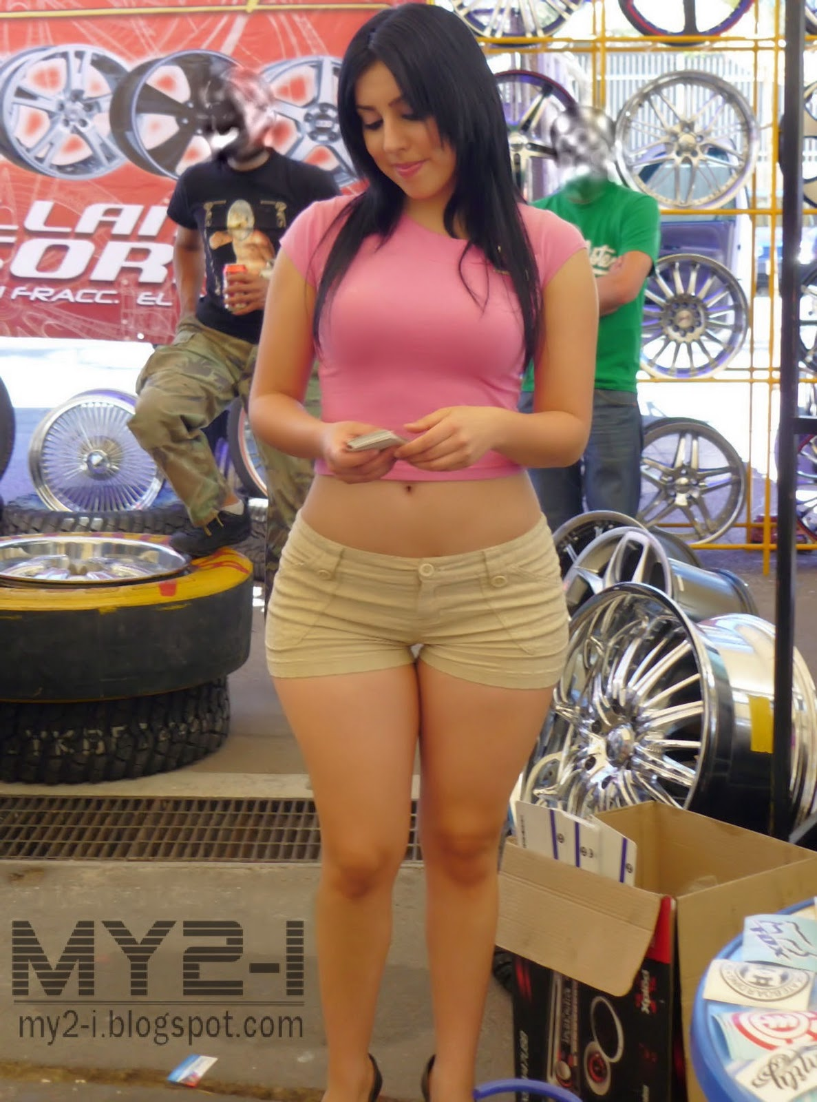 sexy car show babes perky tits, tight asses - gallery | ebaum's world