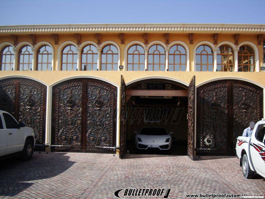 Garages that make me want to get rich gallery ebaum 39 s for Garage gdn auto