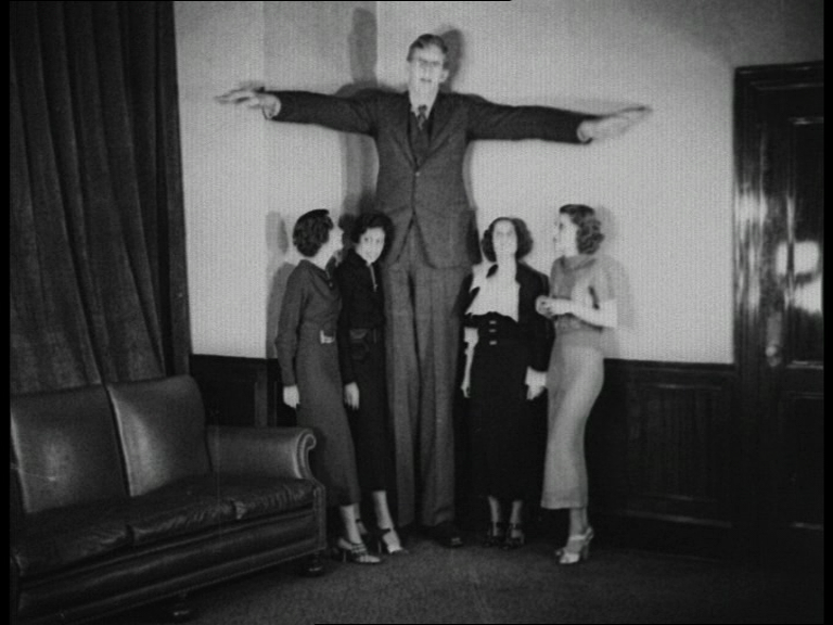 robert wadlow tallest man who ever lived gallery ebaum s world