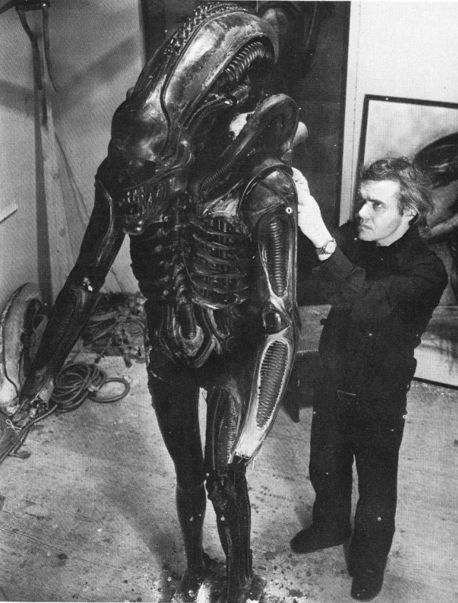 3 - H.R. Giger creating the props and costumes for ALIEN 1979  sc 1 st  eBaumu0027s World : alien 1979 costume  - Germanpascual.Com
