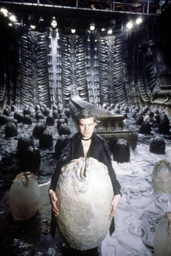 9 - H.R. Giger creating the props and costumes for ALIEN 1979 & H.R. Giger creating the props and costumes for ALIEN 1979 - Gallery ...