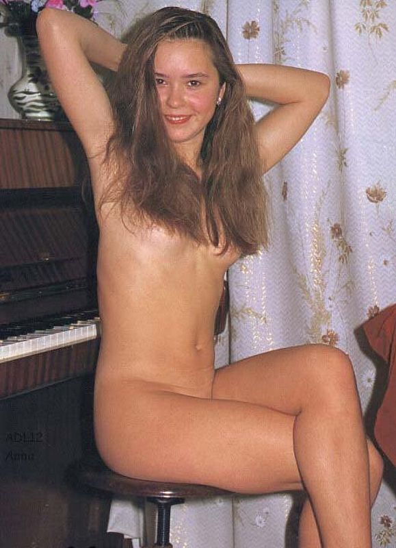 Busty vanessa british boobs