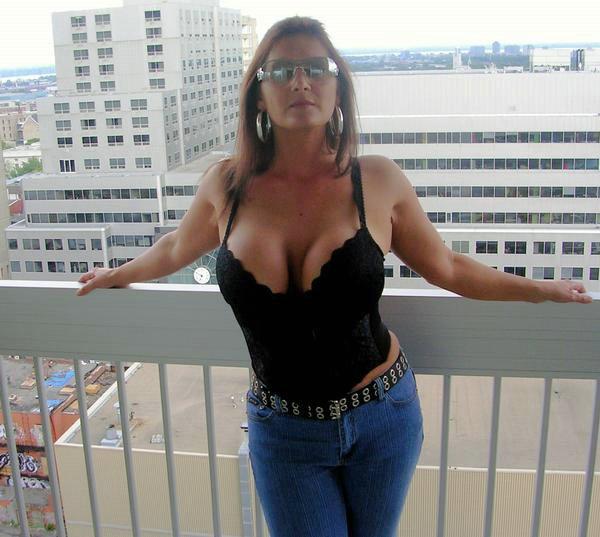 Milf Breast Pics 107