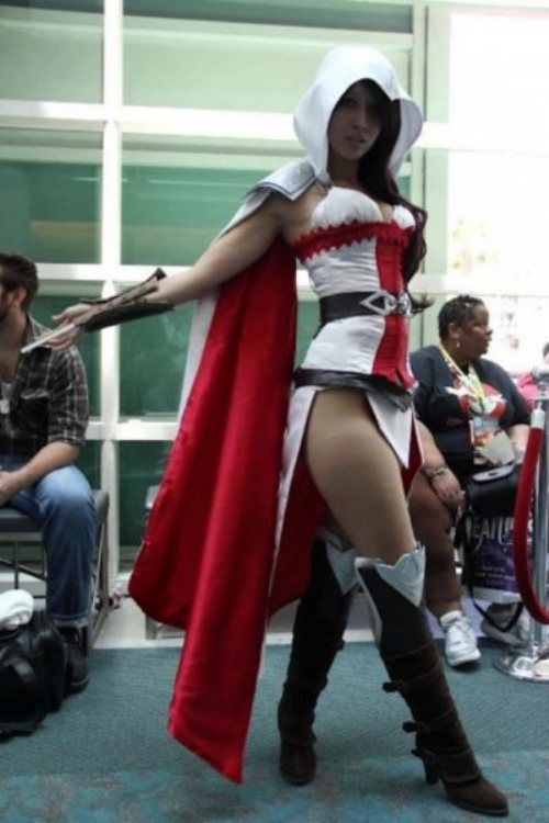 5 - 52 Instances Of  Sexy Cosplay
