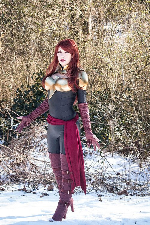 28 - 52 Instances Of  Sexy Cosplay