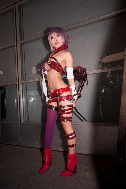 31 - 52 Instances Of  Sexy Cosplay