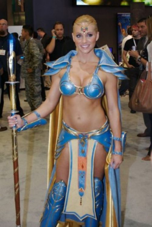 50 - 52 Instances Of  Sexy Cosplay