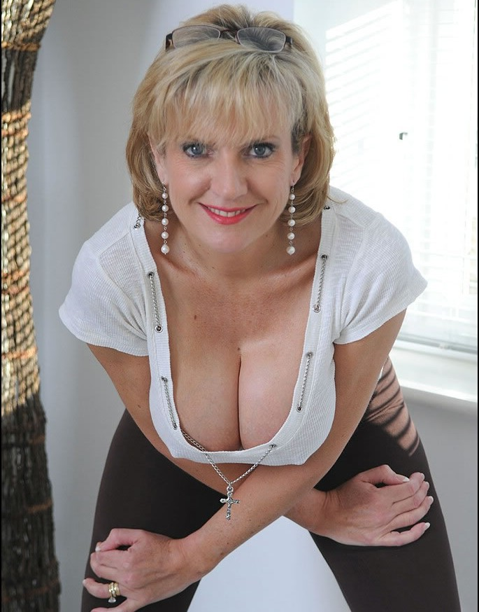 Mature nice knockers