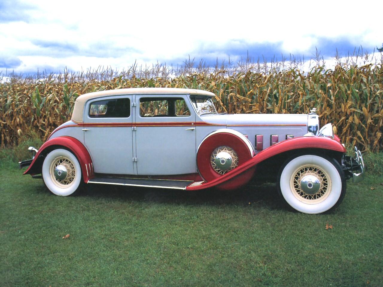 Your grandpa 39 s luxury car collection gallery ebaum 39 s world for 1930 plymouth 4 door sedan