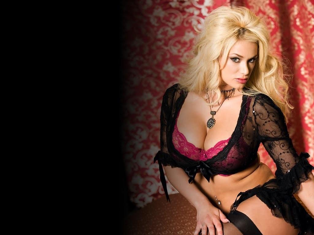Best Female Porn Star 2014
