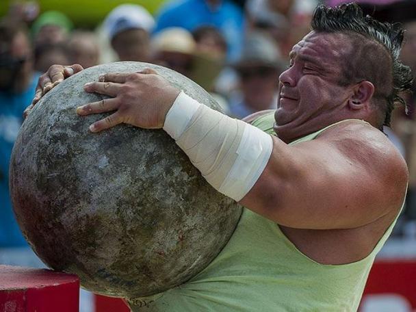 strongest-midget-in-the-world