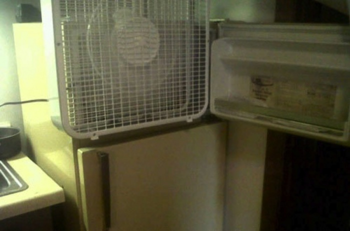 15 - 15 Hilarious Homemade Air Conditioners