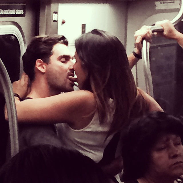 Pda couple meaning