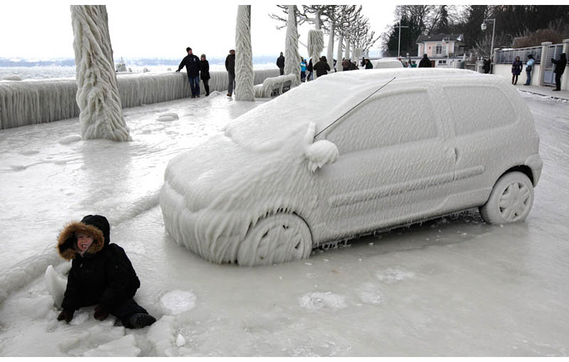 21 - Frozen car in Switzerland