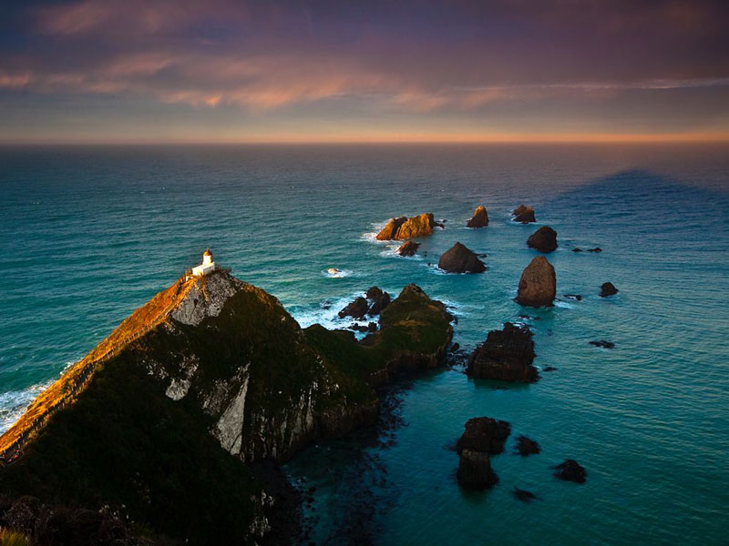 11 - Nugget Point Lighthouse New Zealand