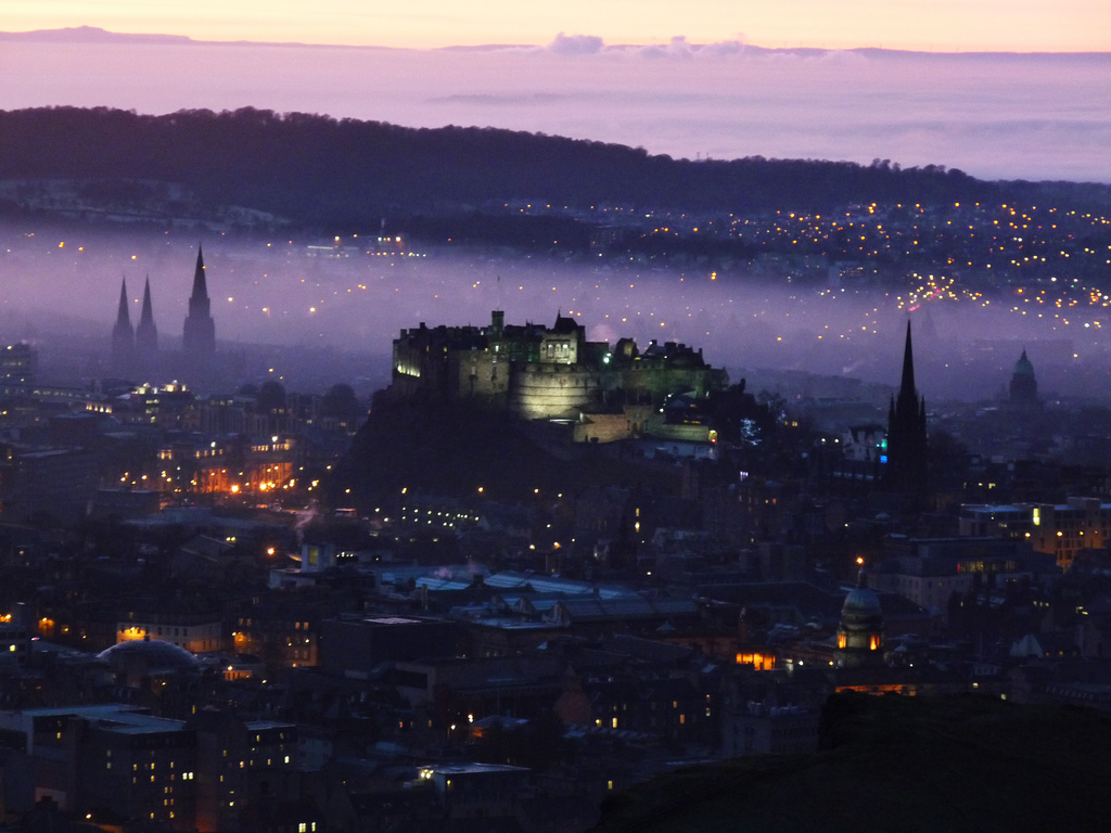 36 - PURPLE HAZE OVER EDINBURGH CASTLE