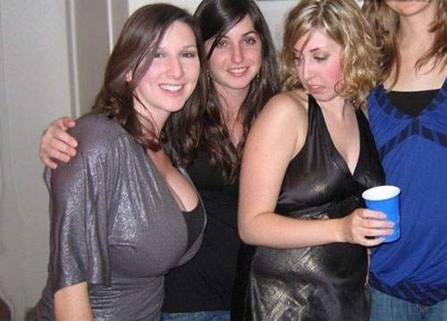 6 - 18 Times Girls Got Caught Looking Jealous