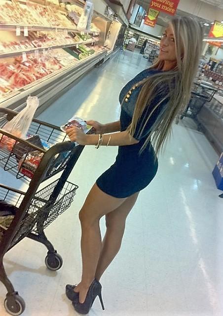 4 - Crazy People Of Walmart