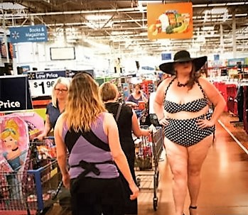 10 - Crazy People Of Walmart
