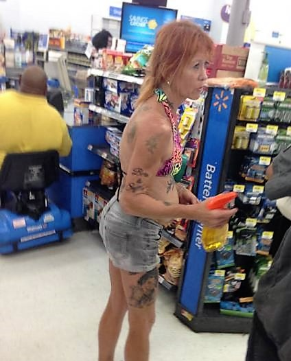 11 - Crazy People Of Walmart