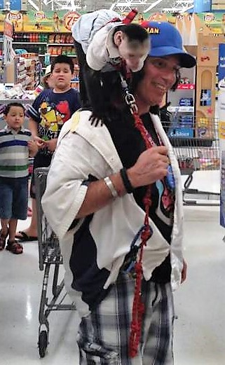 18 - Crazy People Of Walmart