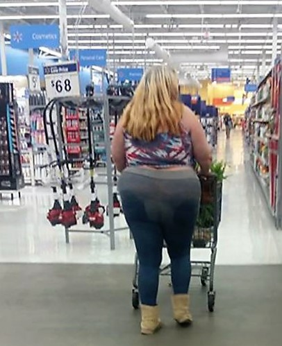 27 - Crazy People Of Walmart