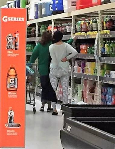 31 - Crazy People Of Walmart