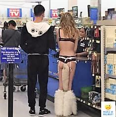 33 - Crazy People Of Walmart