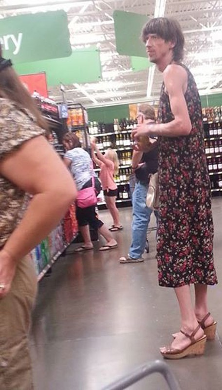 36 - Crazy People Of Walmart