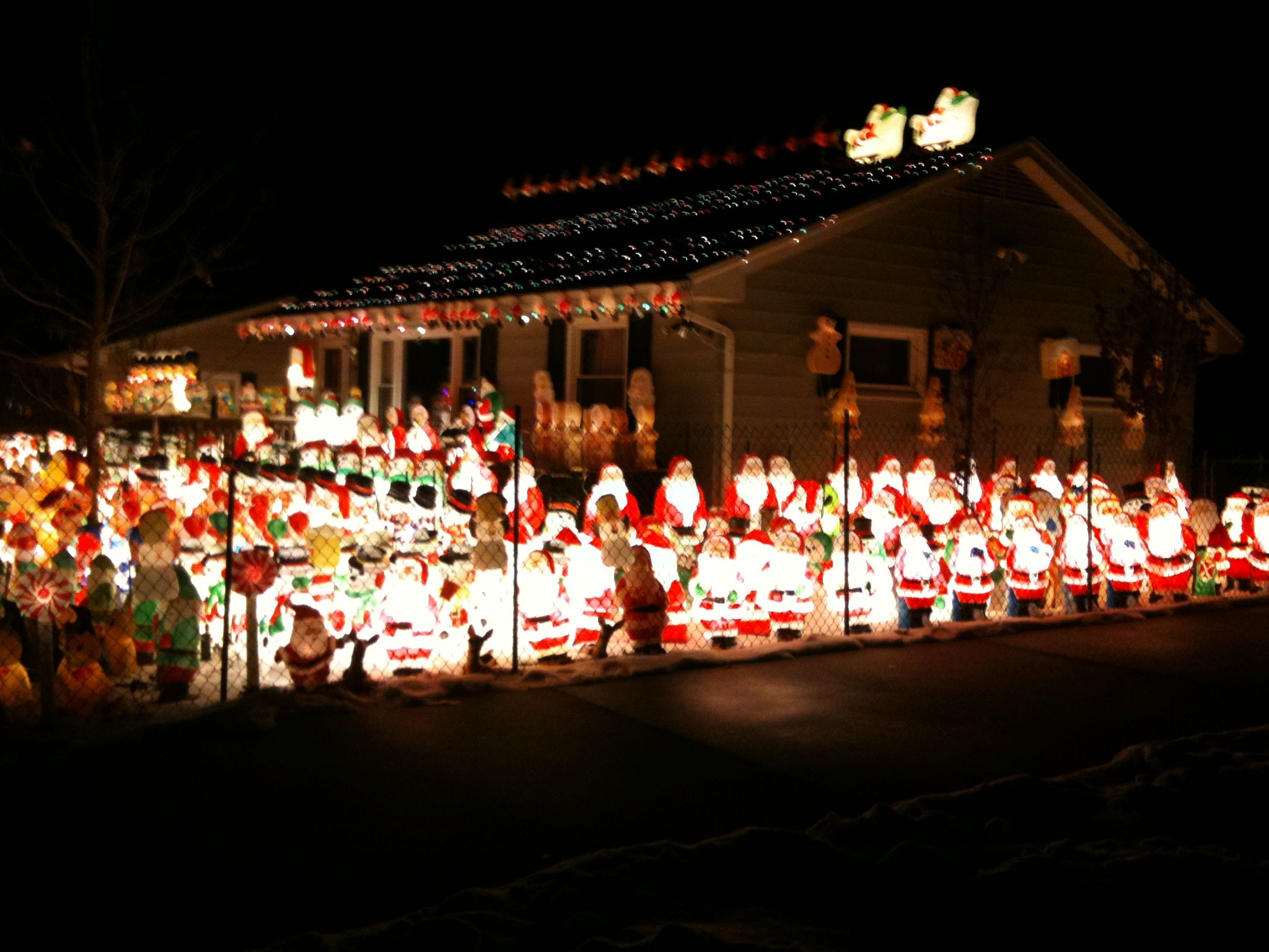 20 30 funniest christmas decorations ever