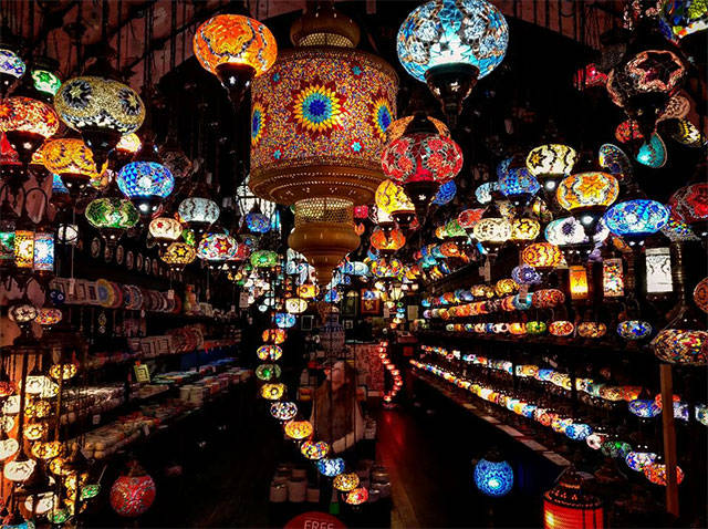 5 - Awesome collection of trippy lanterns.
