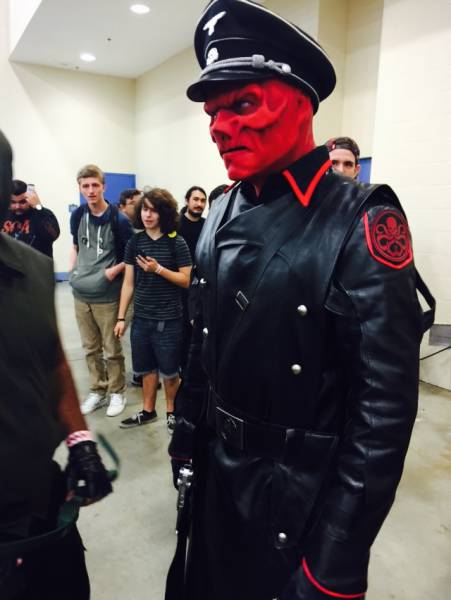 17 - Red Skull cosplay that is done very well.