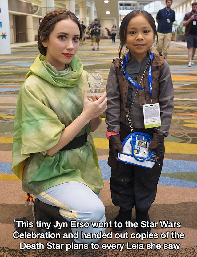 33 - Cos Play of a young Jyn Erso that went around in the Star Wars convention and gave plans to the Death Star to all girls dressed as Leah.