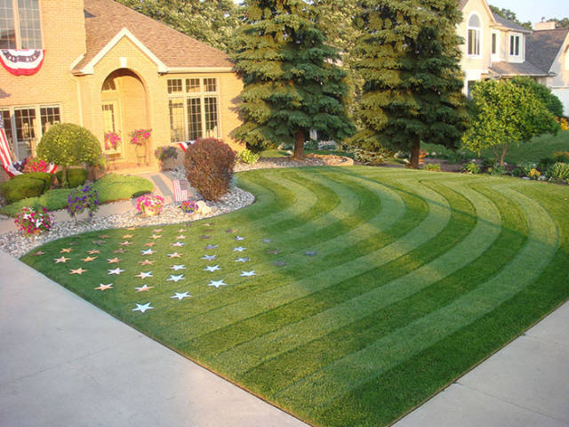 8 - Awesome lawn that is of the American flag.
