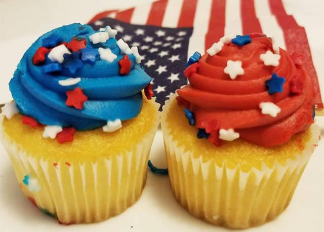 28 - USA cupcakes
