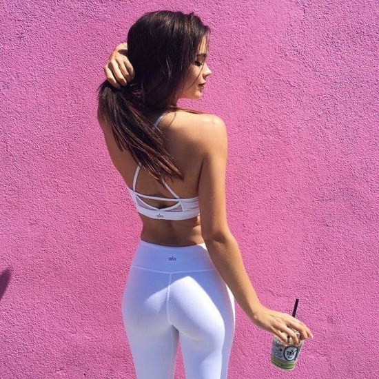 23 - 30 Reasons To Love Yoga Pants