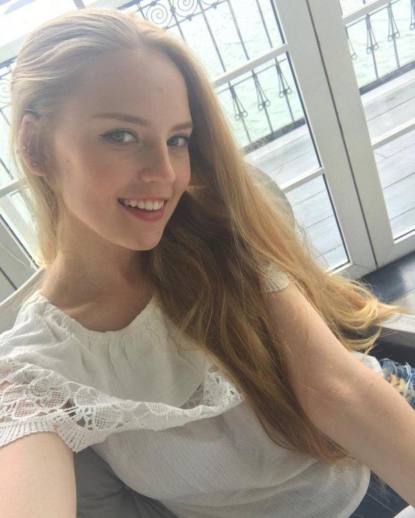 18 - Oksana Neveselaya Makes Teaching Math Sexy
