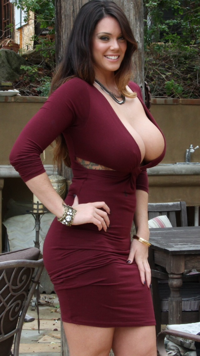Women with big tits in tight dresses