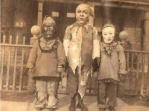 13 creepy vintage halloween costumes - Halloween Costumes 1900