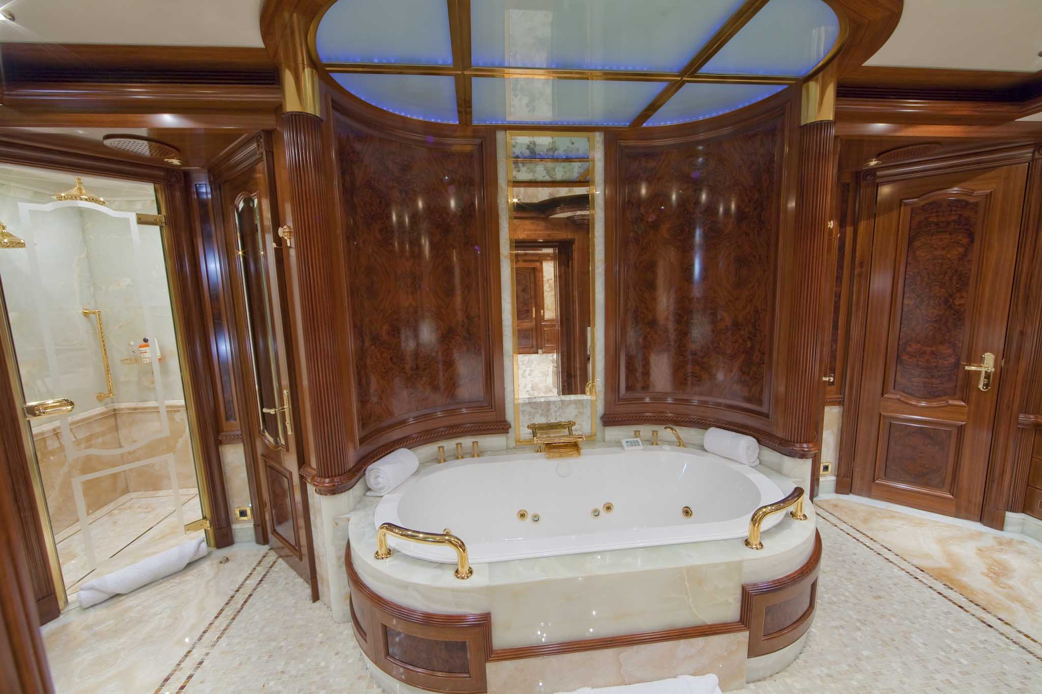 Luxury Bathrooms Photo Gallery luxury bathrooms for the rich - gallery | ebaum's world