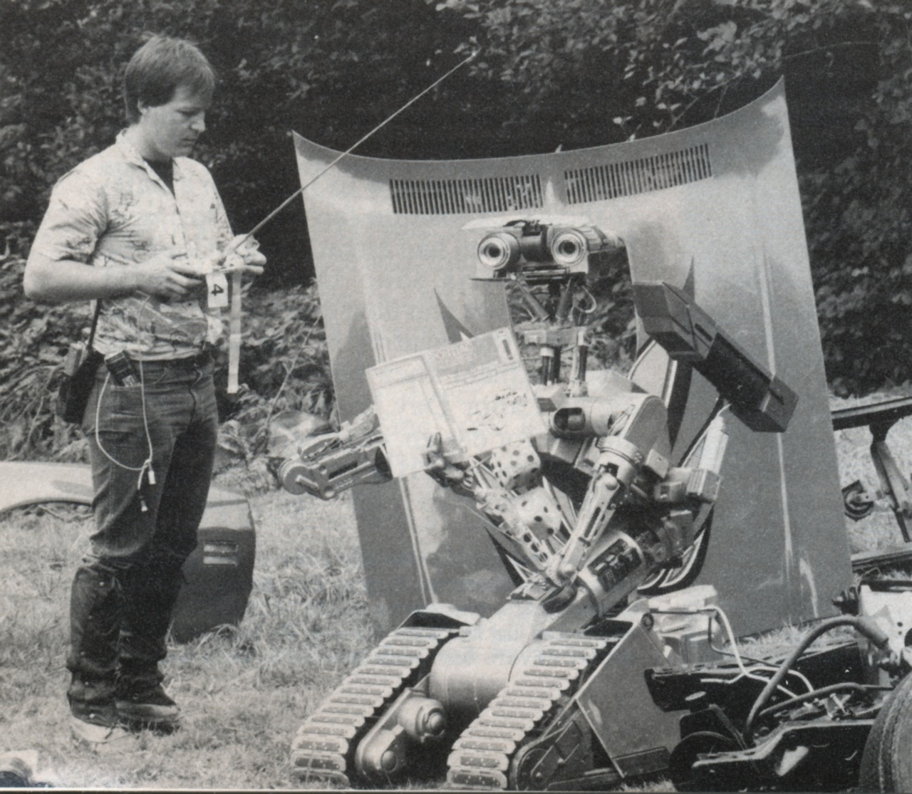 Behind The Scenes In Black And White Gallery Ebaums World Short Circuit Johnny 5 Memes 29