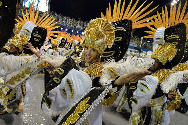 13 - Brazilian Carnival 2014