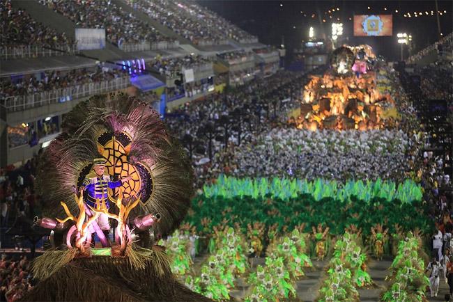 22 - Brazilian Carnival 2014