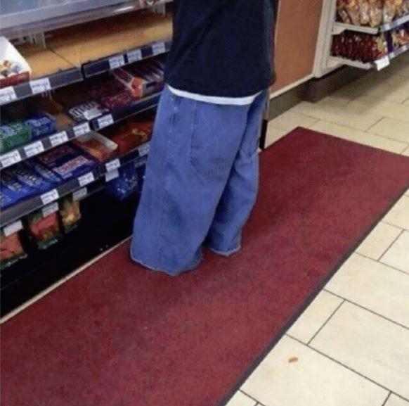 25 - Fashion Fail: Pants