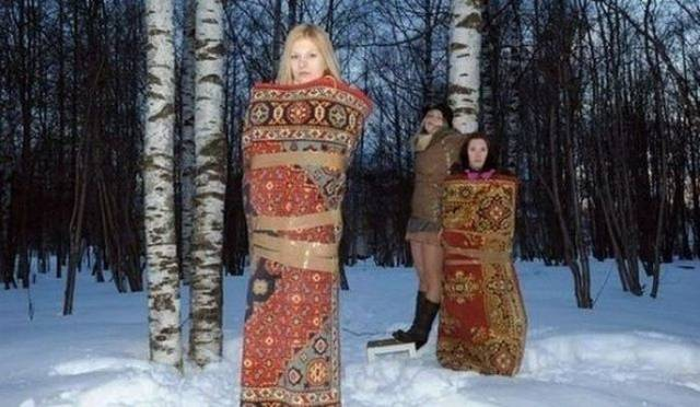 3 - 28 Pics to Prove How Much the Russians Love Their Carpets
